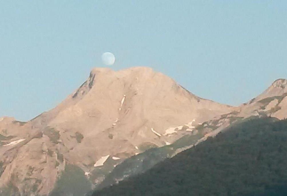 Pic de Ger et la Lune