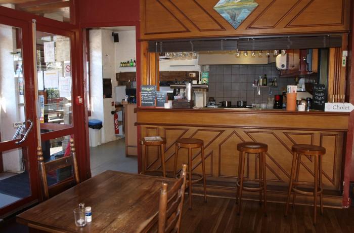 Les salles de Restaurants et les Dortoirs